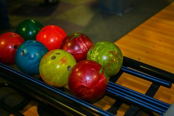 Best Bowling Balls for Beginner to Intermediate