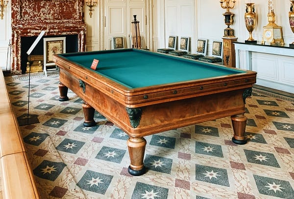 How much you should spend on a pool table