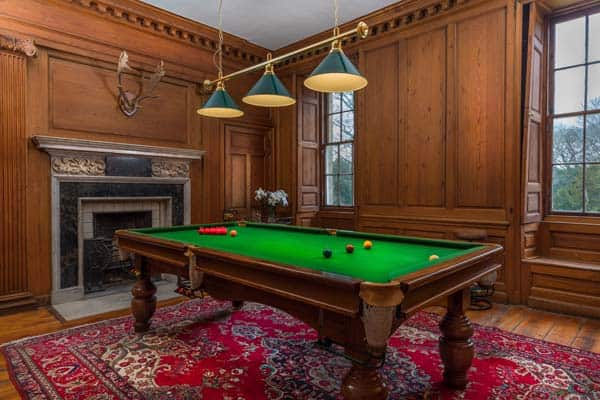 Different Kinds of Pool Tables